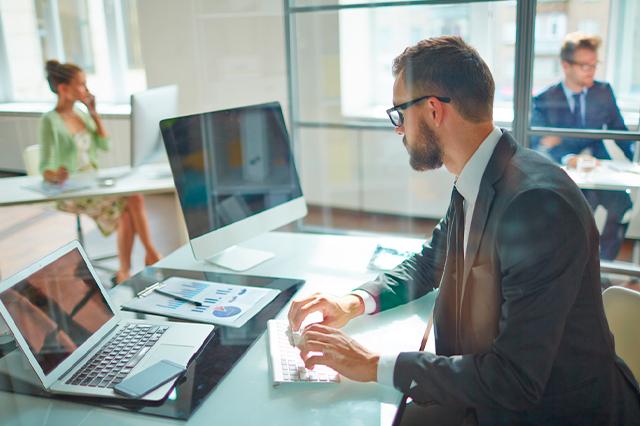 Por qué alquilar un despacho propio
