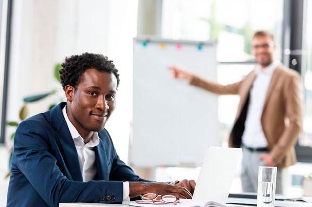 Los valores añadidos de alquilar un despacho para el profesional