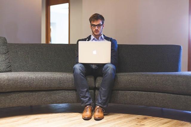 Relación del teletrabajo con el auge de las oficinas virtuales